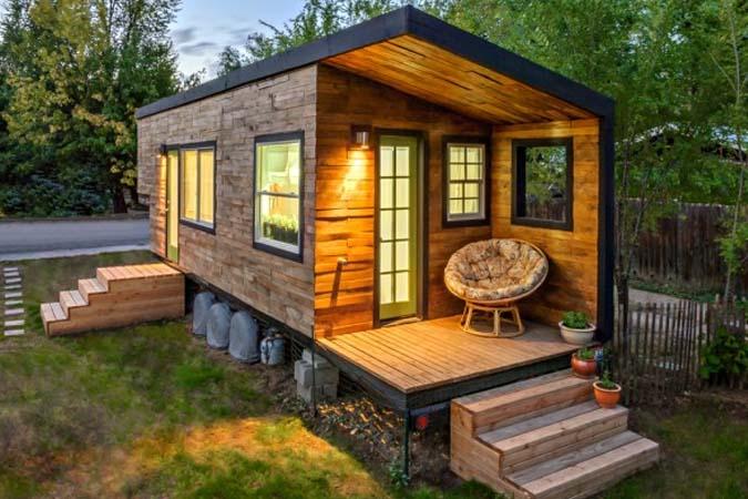 Casa en contendores estilo madera